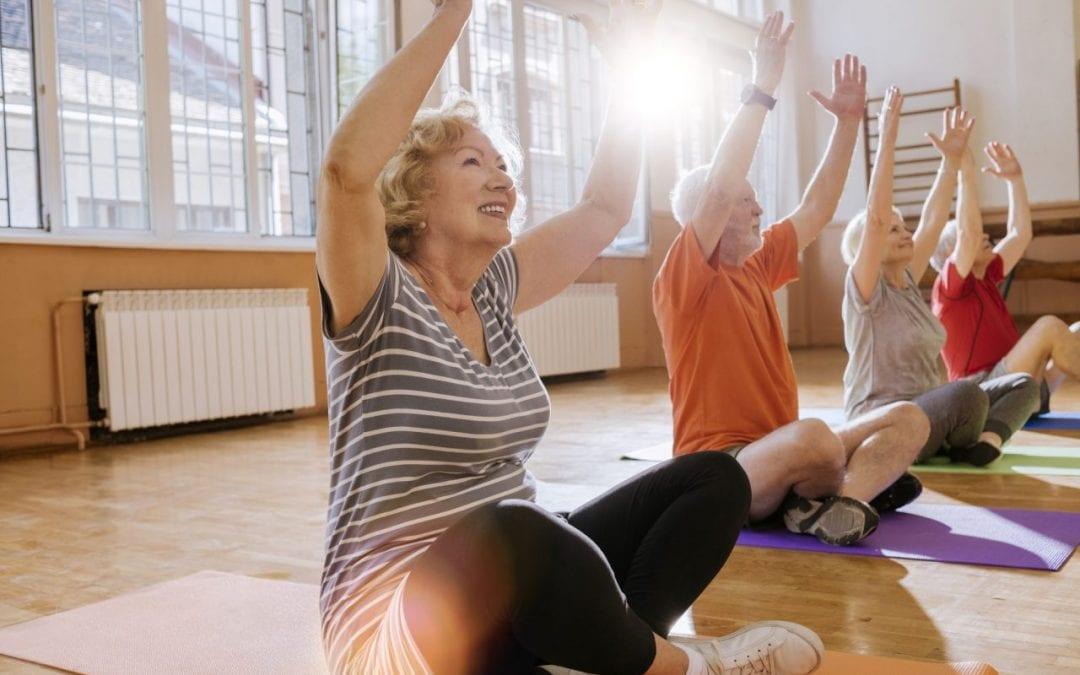 Les bienfaits du yoga pour les seniors